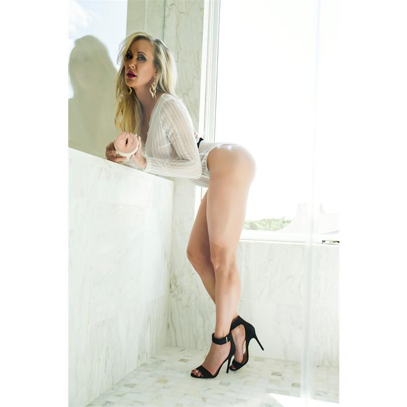 Masturbátor Brandi Láska idol